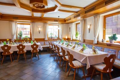 Gasthaus-Stern_Restaurant_Nebenzimmer