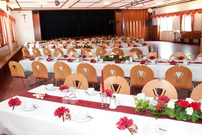 Gasthaus-Stern_Saal_Veranstaltung